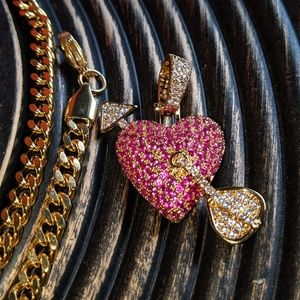 Other - 🔱Hip Hop🔱Iced Out Love Heart Pendant
